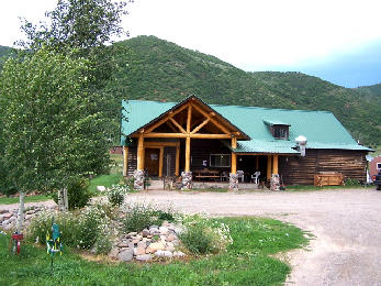 Fritzlan's Guest Ranch - Lodge